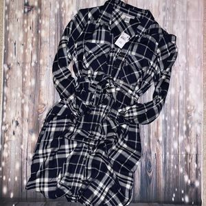 Motherhood maternity plaid dress